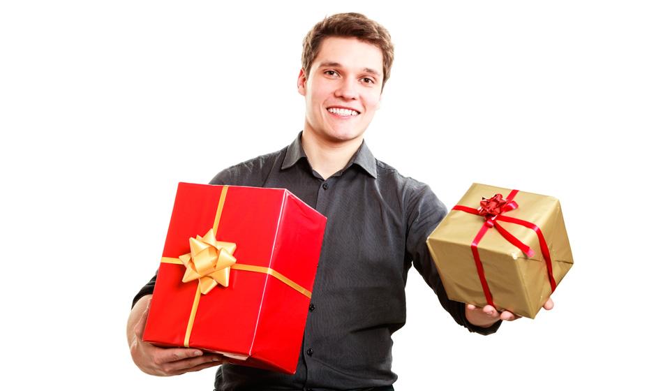 Как подарить подарок если человек не в друзьях 902