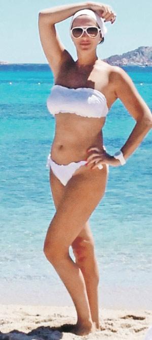 фото в голом купальнике светланы бондарчук