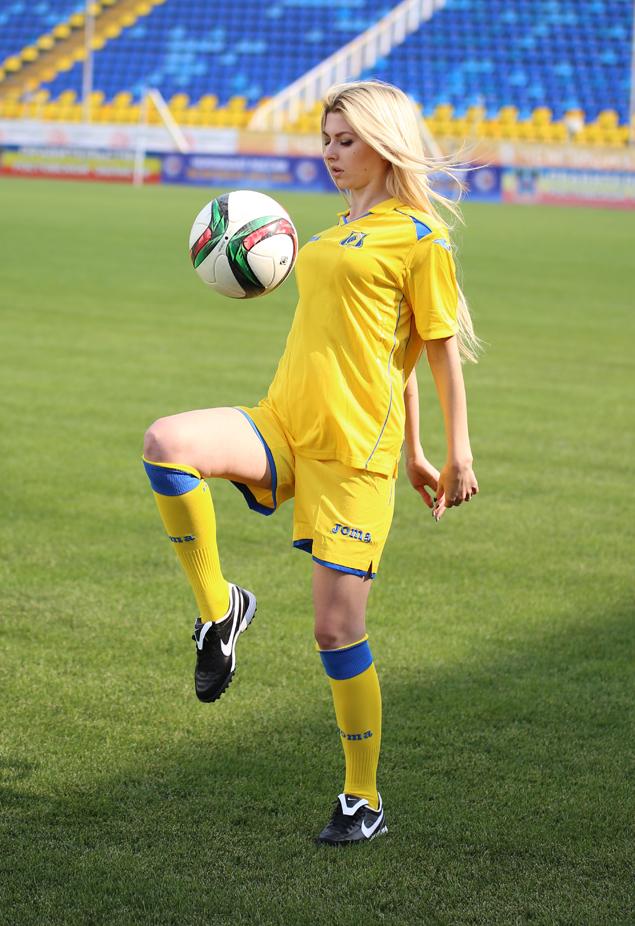 девушки футболистки картинки