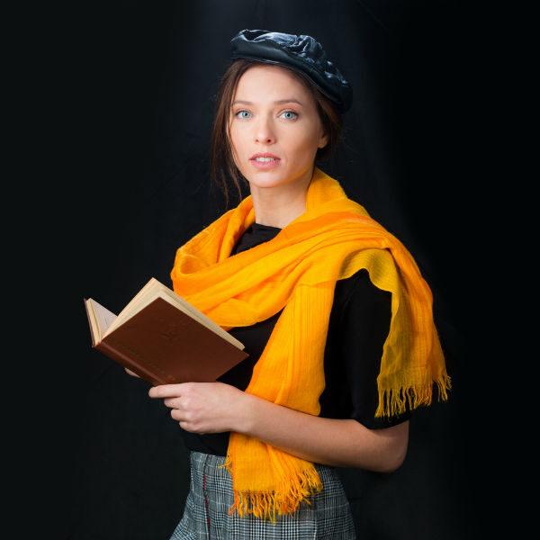 Спектакль «Поэтическое кафе «Луч» в Губернском театре