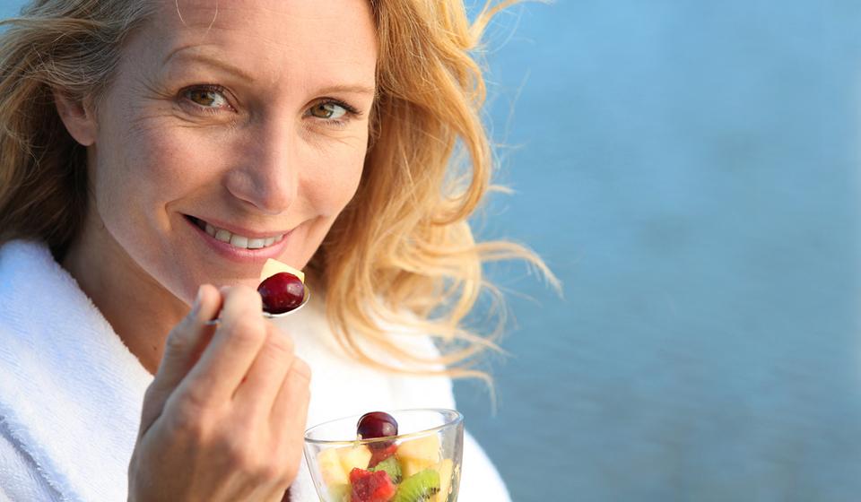 Как похудеть при климаксе после 45: причины набора веса и ключевые рекомендации