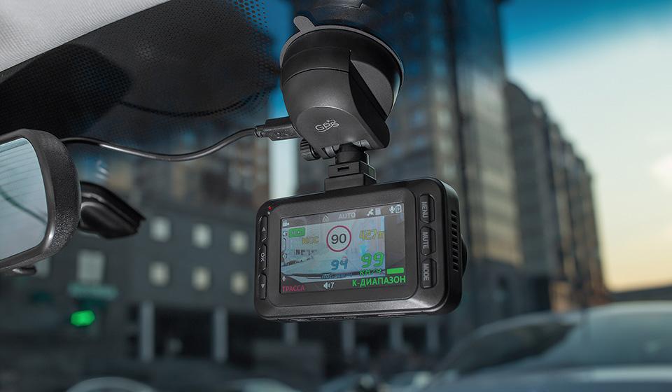 Какой видеорегистратор стоит выбрать для своего авто, а на какой — только посмотреть
