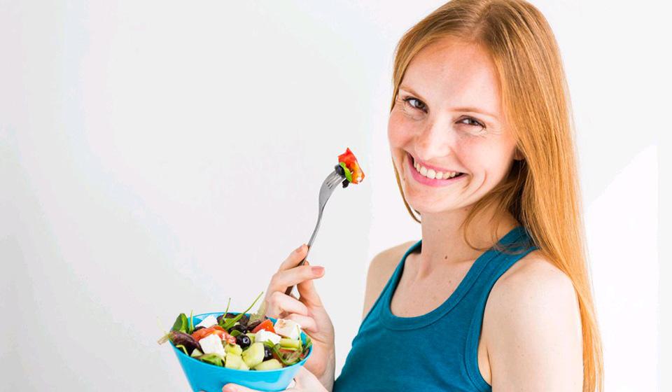 Диета без ограничений: ученые нашли эффективный способ похудеть.