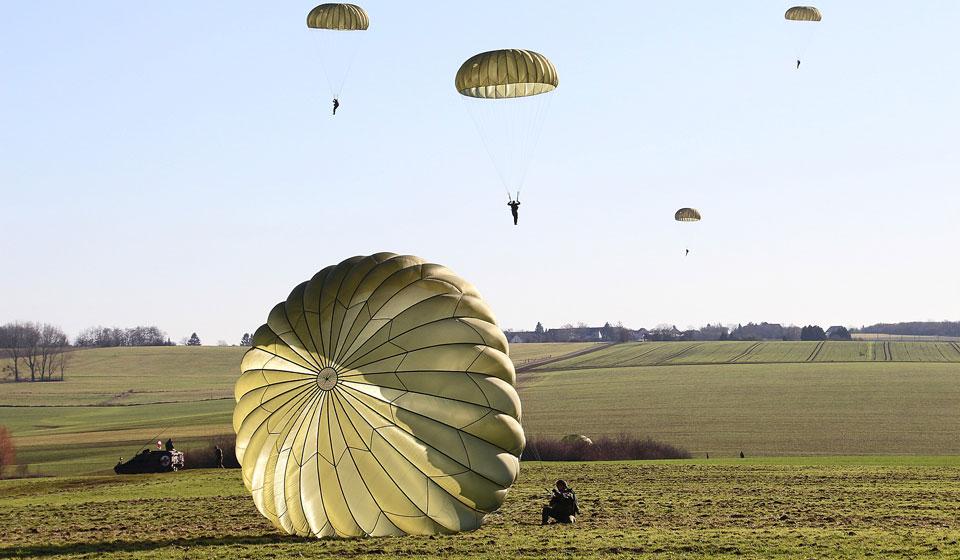День парашютиста 2020: какого числа, история и традиции праздника