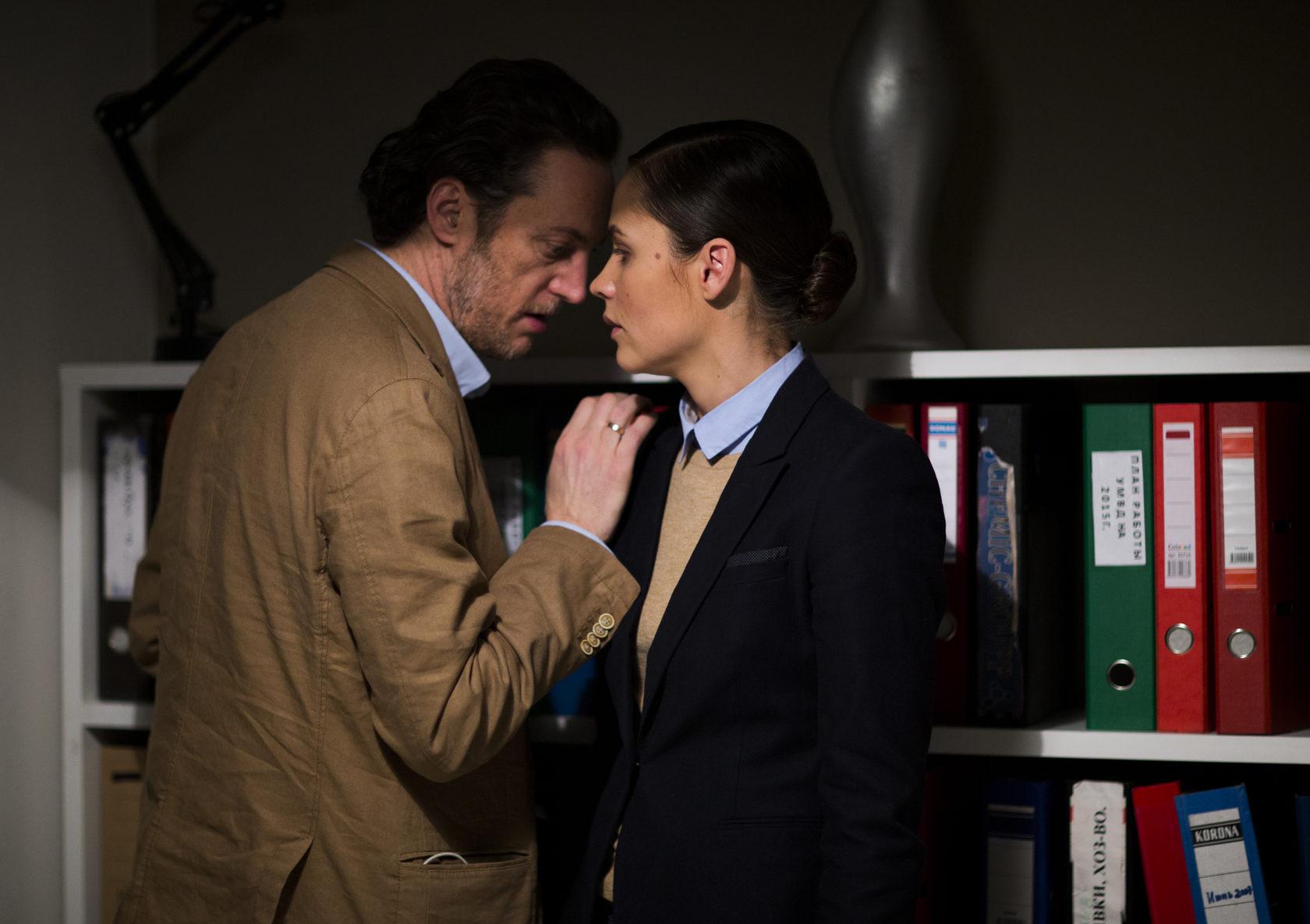 Менталист 7 сезонов (2008) скачать торрентом сериал бесплатно.
