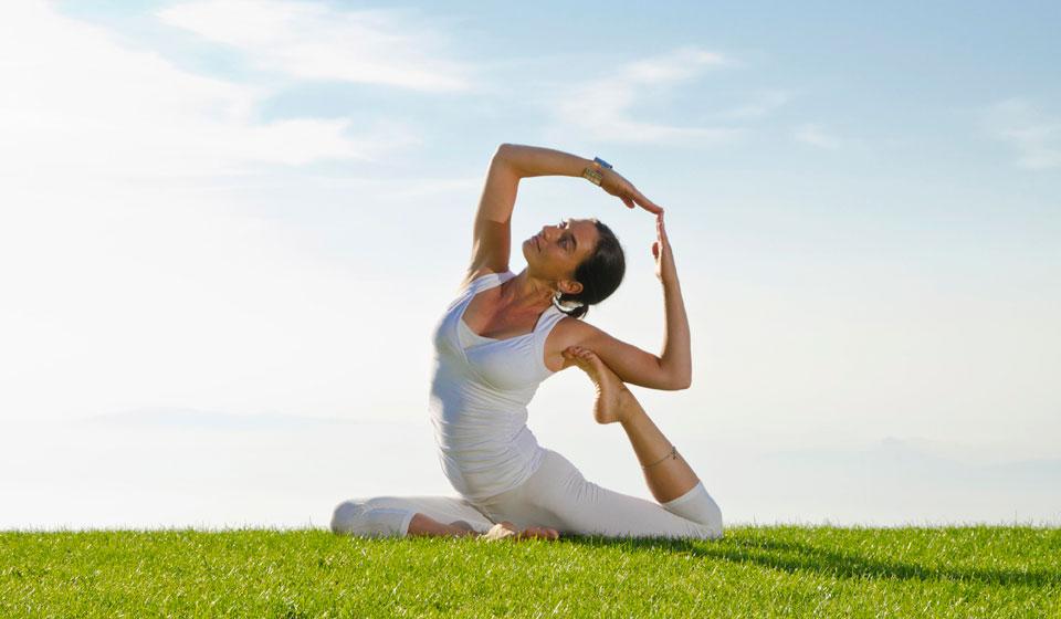 Видео йога для начинающих от болезни суставов и позвоночника прибор спутник для лечения суставов