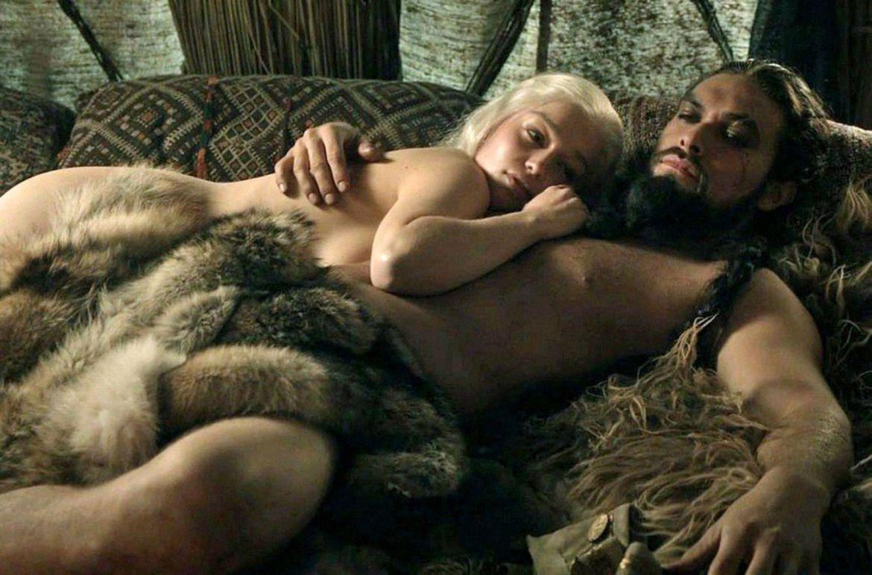 Интимные сцены секса