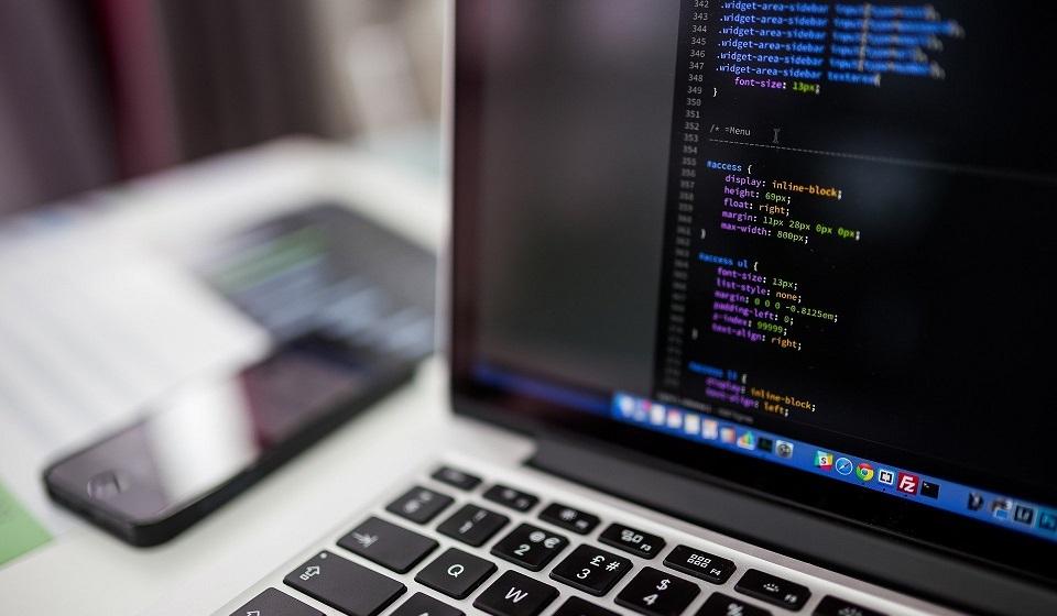 Лучшие курсы по программированию: рейтинг топ-5