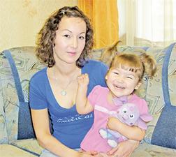 Галия Мусабирова надеется, что с помощью «КП» соберет нужную сумму  на лечение Лилии.