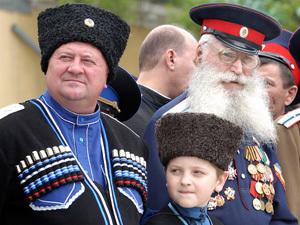 В Терское казачество русские пошли записываться толпами в последние полгода. Хочется мира и спокойствия, а на милицию надежды мало.