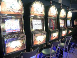 В Набережных Челнах осталось закрыть 3 игровых салона