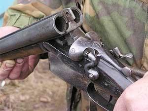 Ярославец застрелил сына из охотничьего ружья.