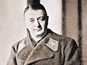 Маршал Советского Союза Михаил Тухачевский незадолго до расстрела. Начало 1937 г.