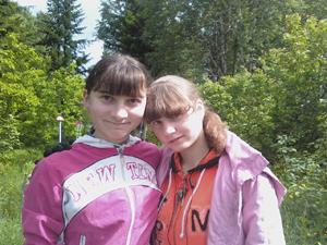 Сокурсницы погибшей  Натальи Родченко (на фото слева) считают, что девушку убили