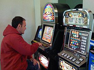 На Кубани лечили от игромании в подпольном казино.