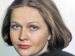 Инсульт перенесли многие известные люди, в том числе народная любимица Наталья Гундарева