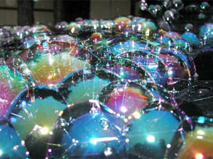 Вадим Джигкаев описал свои опыты с мыльными пузырями