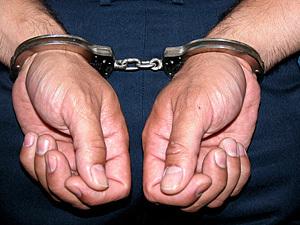 Двух подмосковных экс-прокуроров задержали