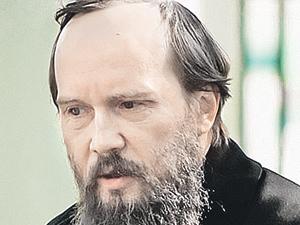Евгений Миронов играл Достоевского на голодный желудок
