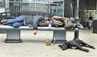 За распитие спиртных напитков в общественных местах можно нарваться на...