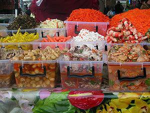 Вездесущие корейские салаты, о которых в Корее никто и не слышал.