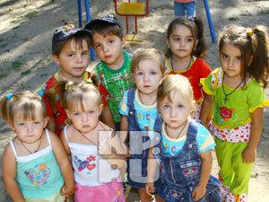 В местный детский садик двойняшки поступают ежегодно, да по несколько пар сразу!