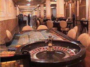 В Иркутске подпольный зал казино штурмовал ОМОН.