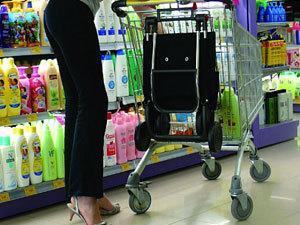 В кризис в магазинах воруют все подряд!