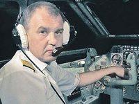Мама командира Як-42, разбившегося под Ярославлем: «Андрей собирался жениться на стюардессе. Она погибла вместе с ним...»