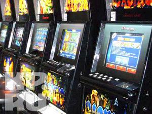 Принятый в Финляндии закон, запрещающий людям младше 18 лет играть на денежных автоматах, не снизил доходы местной игорной компании