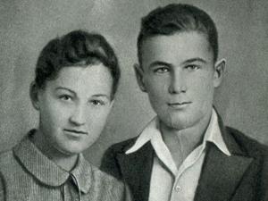 Зоя Космодемьянская с братом Александром