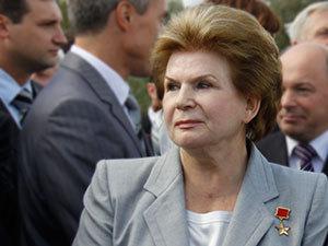 Валентина Терешкова ушла в отставку.