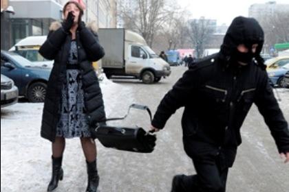 За совершение грабежа на территории Индустриального района задержан 22-летний барнаулец