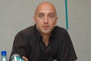 Новый «Тотальный диктант» в Новосибирске проведет писатель Захар Прилепин