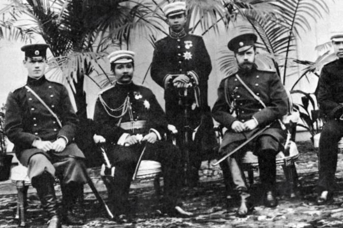 Учреждена Монархическая партия России