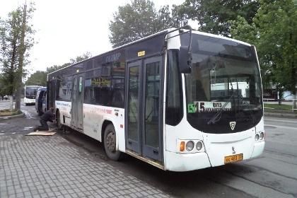 Один из автобусных маршрутов закроют в Вологде.