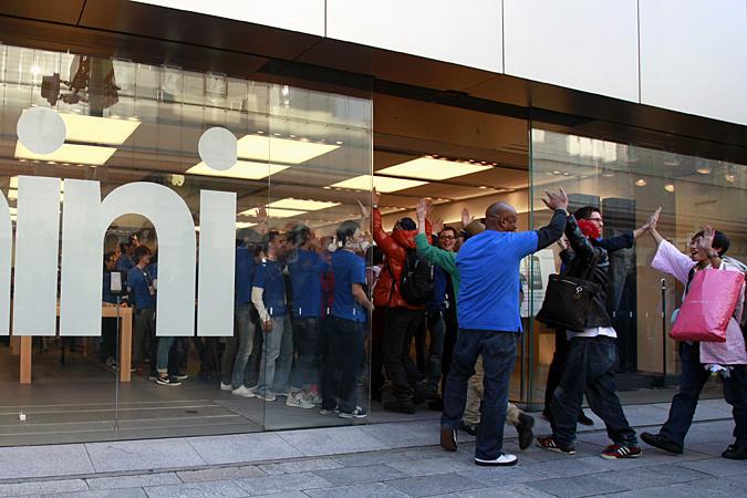 Начались продажи iPad mini и iPad четвертого поколения