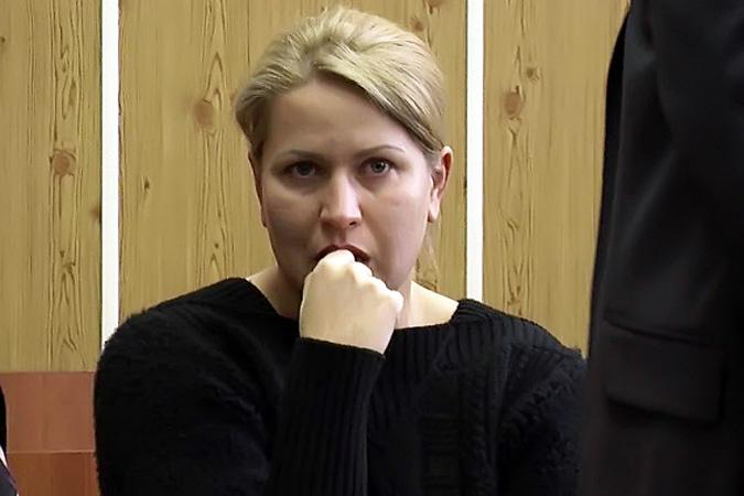 Васильева просит свидания с Сердюковым