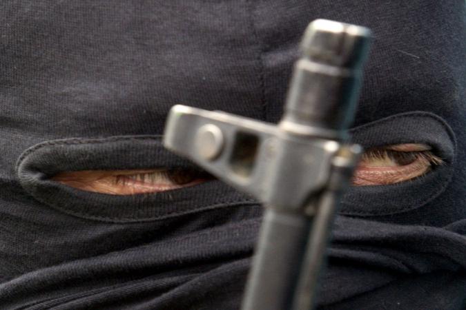 Тайник с боеприпасами и элементами для СВУ обнаружили в Дагестане