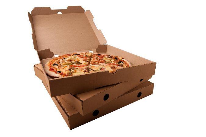 4820469 Почему люди заказывают пиццу и другую еду на дом?