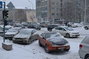 Снегопад парализовал автомобильное движение в Новосибирске