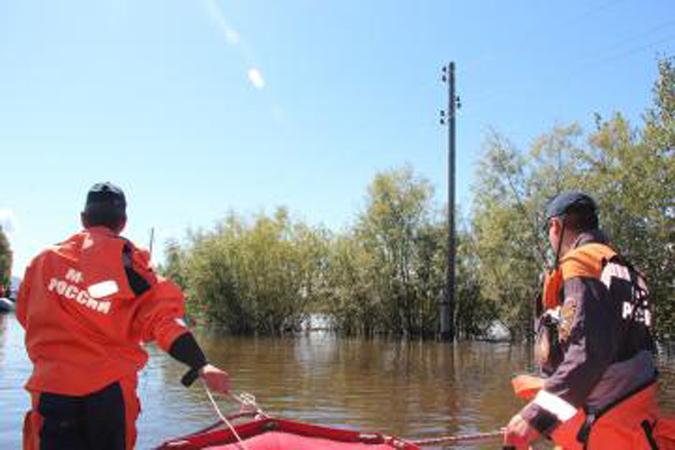Паводок в районе Хабаровска и Комсомольска-на-Амуре подходит к своему пику, а ситуация - к критической.