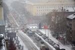 День жестянщика в Новосибирске: город в пробках, люди без воды...
