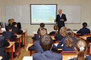 В Молдове обязательное образование в школах могут продлить до 18 лет, а управлять учителями будут менеджеры!