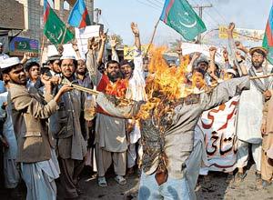 в Пакистане христианина сожгли за то, что он отказался обращаться в Ислам