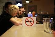 Депутаты Госдумы предложили штрафовать за продажу сигарет женщинам моложе 40 лет