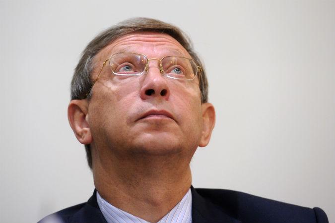 ВЕДОМОСТИ - Владимир Евтушенков выйдет из