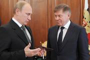 Путин вручил удостоверение главному «арбитру»
