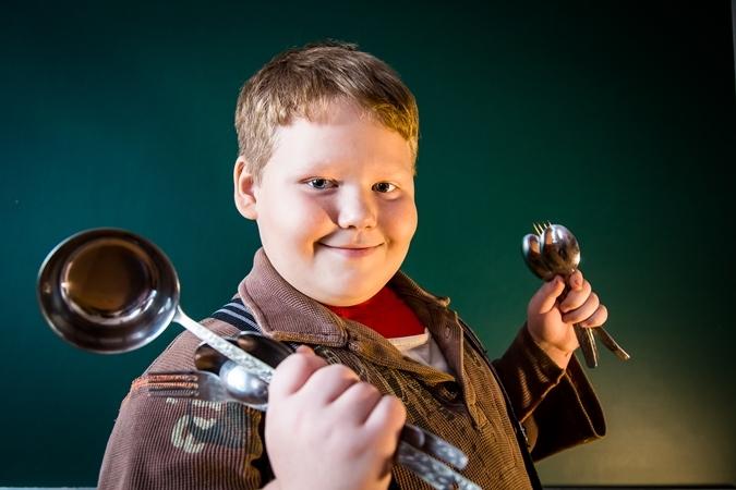 Мальчик магнит из омской области