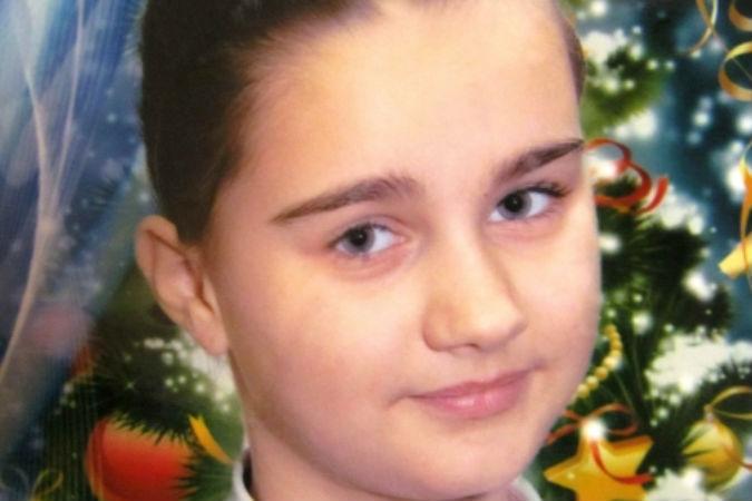 ВОмской области разыскивается 12-летня девочка, которая пошла вгости кбабушке